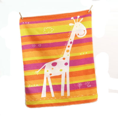 Juwel Giraffe baby blanket by David Fussenegger - Orange and pink 1
