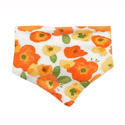 Poppy muslin bandana bib 1