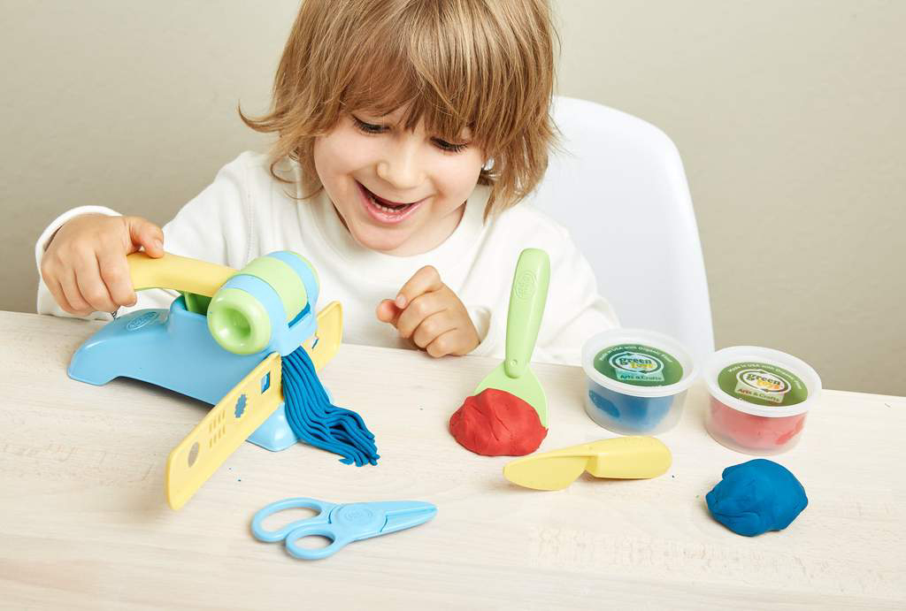 Extruder Dough set by Green Toys 2