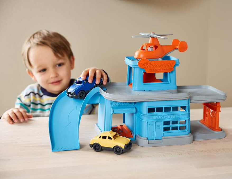 Parking Garage Play Set by Green Toys 1