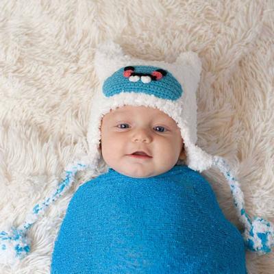 Fluffy white Yeti hat 3