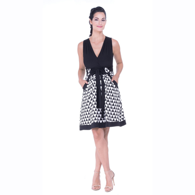 Black and white triangles maternity dress 1