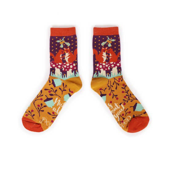 Squirrels bamboo socks in Damson (women's) 1